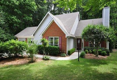 1813 N Creek Circle Alpharetta GA 30009