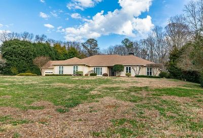 1627 Planters Row Stone Mountain GA 30087