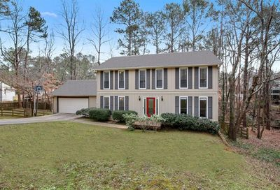 670 Branch Valley Court Roswell GA 30076