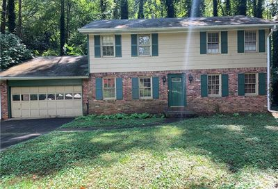 2670 Rolling Brook Trail East Point GA 30344