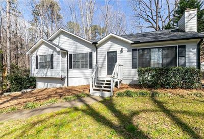 5315 Oaks Landing Court Sugar Hill GA 30518