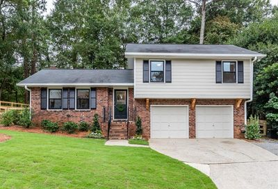 100 Thompson Place Roswell GA 30075