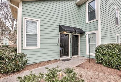 2214 Canyon Point Circle Roswell GA 30076