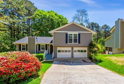 1061 Chartley Drive SW Lilburn GA 30047
