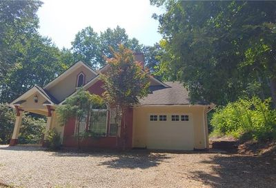 42 Hickory Place Lavonia GA 30553