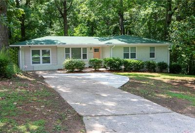 1704 Woodberry Avenue East Point GA 30344
