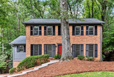 640 Trailmore Place Roswell GA 30076