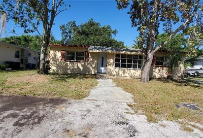 9096 94th Street Seminole FL 33777