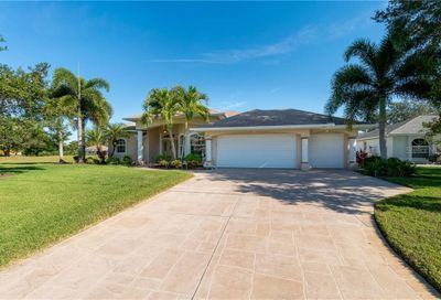 695 Rotonda Circle Rotonda West FL 33947