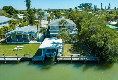 120 Mockingbird Lane Englewood FL 34223