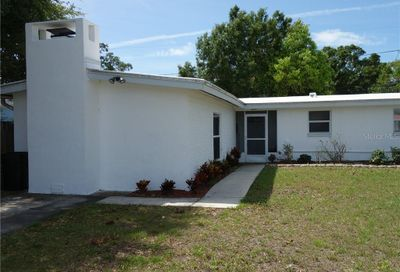 8854 78th Place Seminole FL 33777