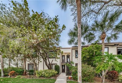 375 Moorings Cove Drive Tarpon Springs FL 34689