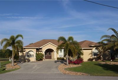 28 Clubhouse Court Rotonda West FL 33947