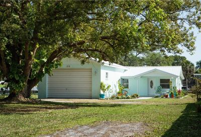 616 69th Avenue W Bradenton FL 34207