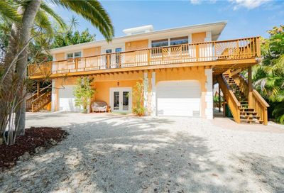 4092 Pelican Shores Circle Englewood FL 34223