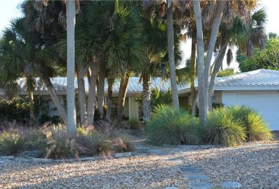 614 Treasure Boat Way Siesta Key FL 34242