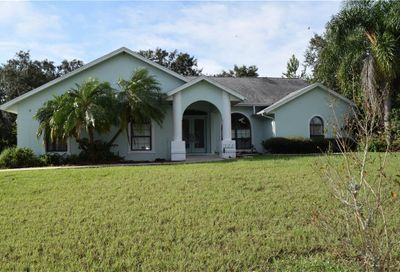 205 E Croton Way Howey In The Hills FL 34737