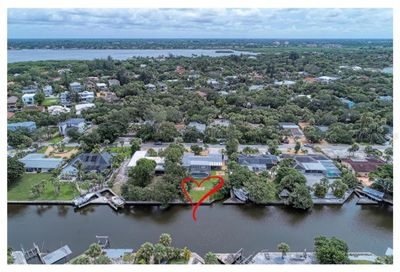 5066 Sandy Beach Avenue Sarasota FL 34242