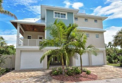 203 N 17th Street Bradenton Beach FL 34217
