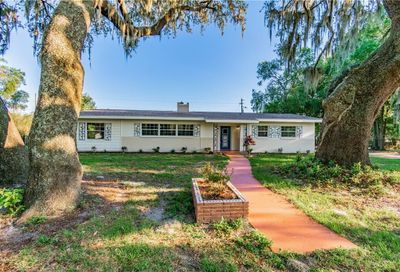 39118 5th Avenue Zephyrhills FL 33542