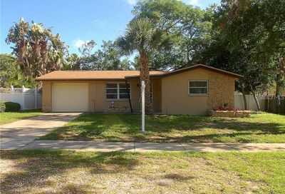 412 Indiana Avenue Crystal Beach FL 34681