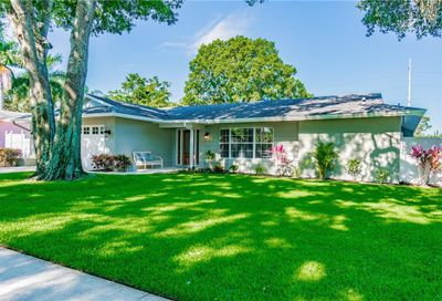 1876 Del Robles Terrace Clearwater FL 33764
