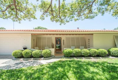 1453 Bayview Drive Clearwater FL 33756