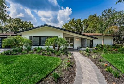 1629 Flagstone Court Clearwater FL 33756