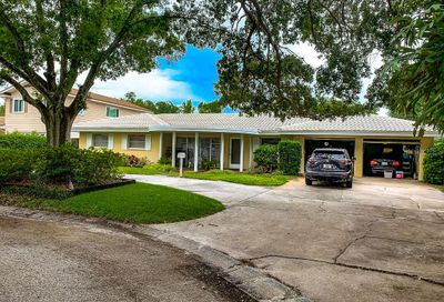 1821 Oak Lake Drive Clearwater FL 33764