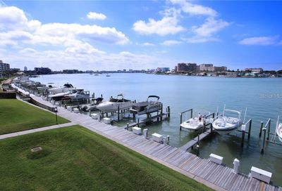 680 Island Way Clearwater FL 33767