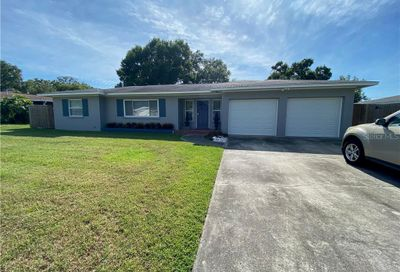1204 Woodcrest Avenue Clearwater FL 33756