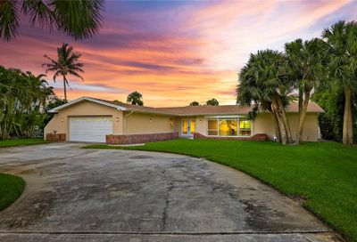 3880 Belle Vista Drive E St Pete Beach FL 33706