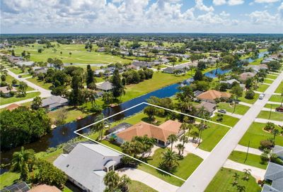30 Mark Twain Lane Rotonda West FL 33947