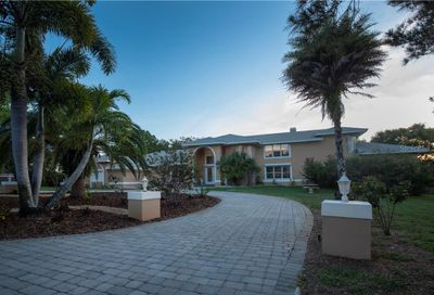 1520 Jade Lane Tarpon Springs FL 34689