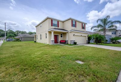 2802 Holly Bluff Court Plant City FL 33566