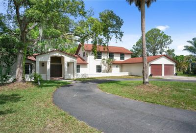 8282 Earlwood Avenue Mount Dora FL 32757
