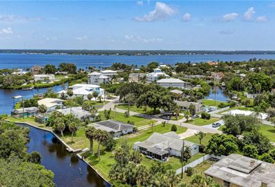 328 Sally Lee Drive Ellenton FL 34222
