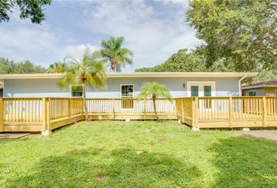 1657 S Evergreen Avenue Clearwater FL 33756