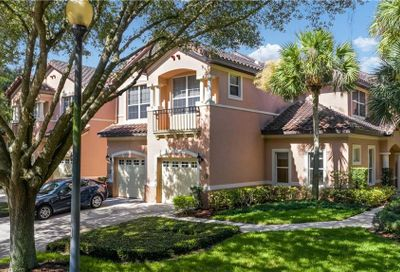 402 Camino Real Howey In The Hills FL 34737