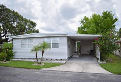 585 Sky Harbor Drive Clearwater FL 33759