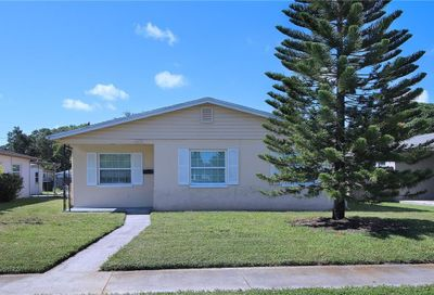 626 90th Avenue N St Petersburg FL 33702