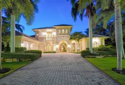35 Lighthouse Point Drive Longboat Key FL 34228