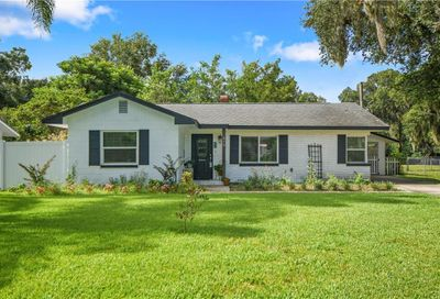 616 E 7th Avenue Mount Dora FL 32757
