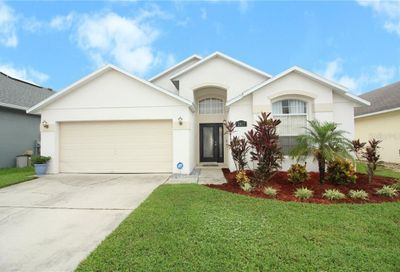 2807 Playing Otter Court Kissimmee FL 34747