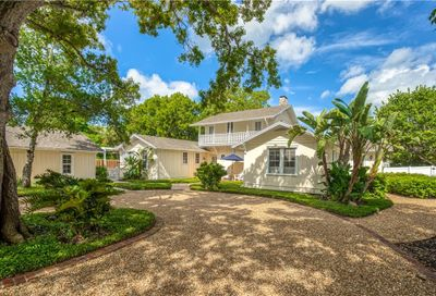 1595 Bay Point Drive Sarasota FL 34236