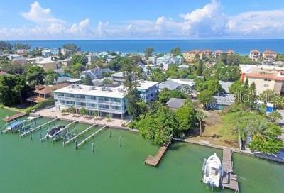 160 95th Avenue Treasure Island FL 33706
