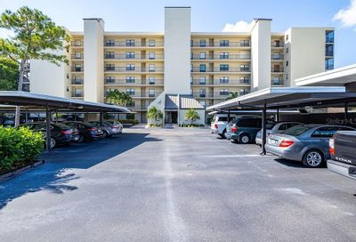 3200 Cove Cay Drive Clearwater FL 33760