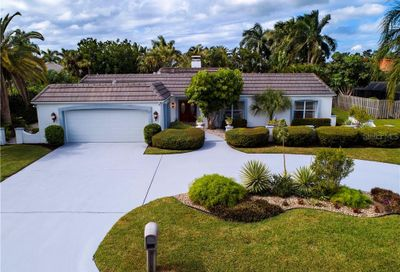 420 Partridge Circle Sarasota FL 34236