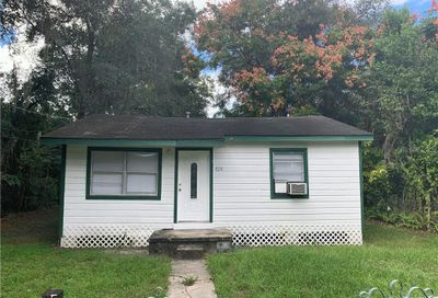 1128 S Thompson Avenue Deland FL 32720