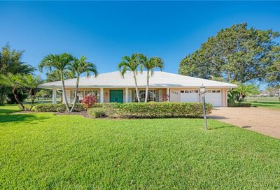 1025 Kings Court Venice FL 34293